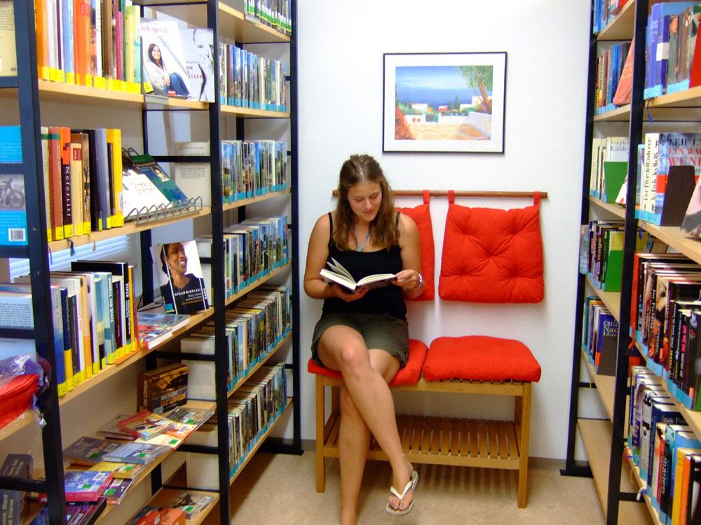 Bücherei bilder  Gemeinde Schirmitz - Bücherei